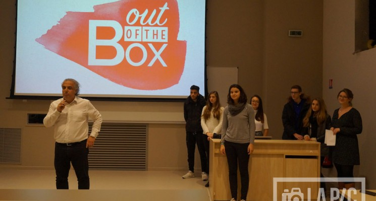 Out of the box – Opening